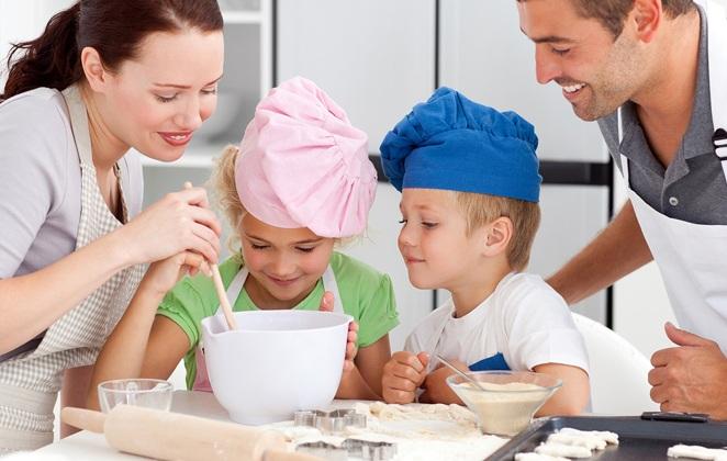 μαγειρευω μαζι με το παιδι μου