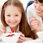 Γιαούρτι: 5 εκπληκτικά οφέλη του γιαουρτιού για την υγεία μας