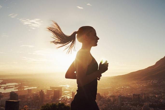 -woman-running-lead