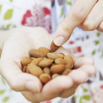 Θέλεις να ζήσεις περισσότερα χρόνια; Βάλε στη διατροφή σου τους ξηρούς καρπούς!