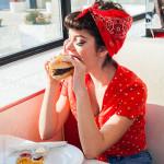 Πόσο μπορεί ένα Βurger ή μια Pizza να «καταστρέψει» το Μεταβολισμό σας;