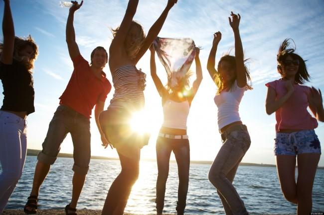 o-TEENS-DANCING-ON-BEACH-facebook (1)