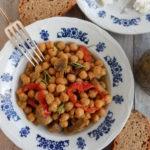 Λεμονάτα ρεβίθια με μανιτάρια, δεντρολίβανο και κάρυ